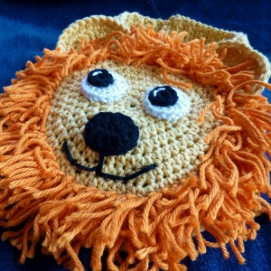 Lion Drool Spit Bib crochet pattern by Darleen Hopkins