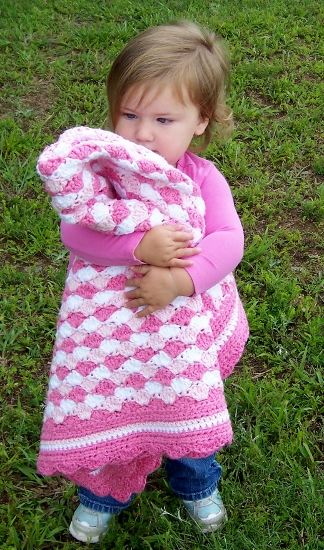 Shells of Love Baby Blanket crochet pattern by Darleen Hopkins #CbyDH