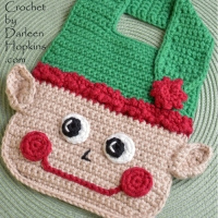 christmas-elf-baby-bib-crochet-pattern-by-darleen-hopkins #CbyDH