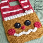 christmas-gingerbread-baby-bib-crochet-pattern-by-darleen-hopkins #CbyDH