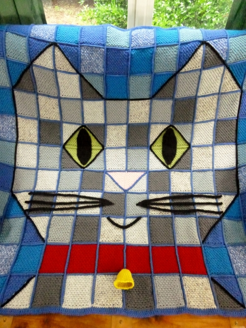 Cat Throw Blanket Crochet Pattern by Darleen Hopkins http://www.ravelry.com/patterns/library/patchwork-baby-kitty-throw-blanket-crochet