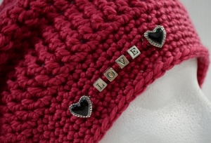 Big Kahuna Slouch Hat with added beads (Pandora style charms) http://www.ravelry.com/patterns/library/big-kahuna-unisex-slouch-hat-for-the-entire-family-crochet