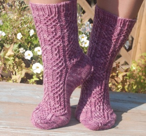 Twisted Maze Socks, knit pattern by Cynthia Levy http://www.ravelry.com/people/redtiger