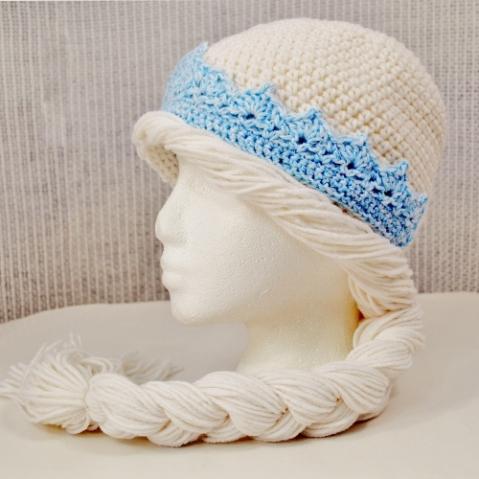Elsa Frozen hat crocheted by Darleen Hopkins https://crochetbydarleenhopkins.com/patterns/