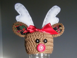 Reindeer hat crochet pattern by Denise Balvanz