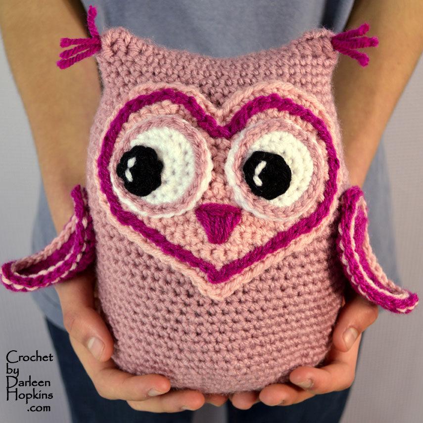 Owl amigurumi crochet pattern by Darleen Hopkins #CbyDH
