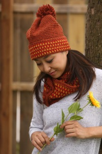 Spiced Cider Set; hat and button-up scarf, crochet pattern by Darleen Hopkins #CbyDH