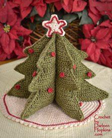 Crochet pattern for a Christmas tree by Darleen Hopkins #CbyDH