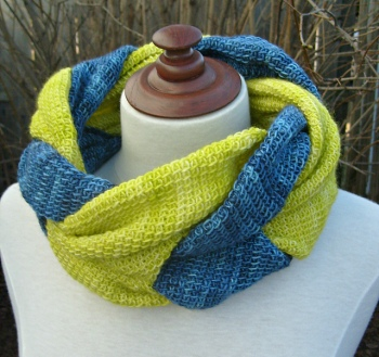 Twisted Cowl, tunisian crochet pattern by ACCROchet