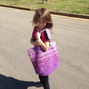 Modern Tote Bag crocheted by Jean, crochet pattern by Darleen Hopkins #CbyDH