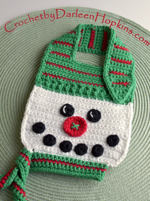 Snowman bib crochet pattern by Darleen Hopkins, button nose. #CbyDH