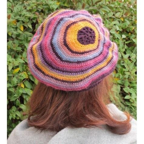 excentrique-beret-crochet-by-annette-petavy