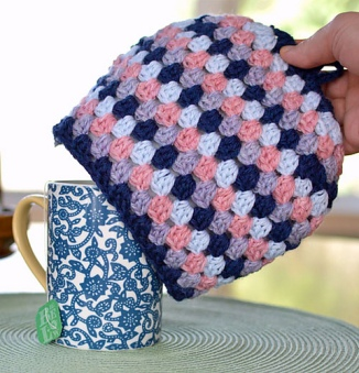 Tea_for_Me_Mug_Cozy_crochet_pattern_by_Darleen_Hopkins_WEB_medium