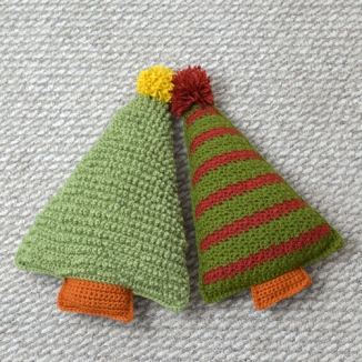 Crochet pattern for Christmas Tree Pillows, set by Darleen Hopkins