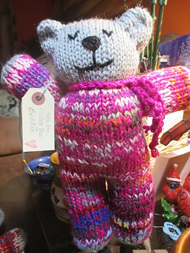 Ravelry: Charity Bear pattern by Lucy of Attic24 | 500x375