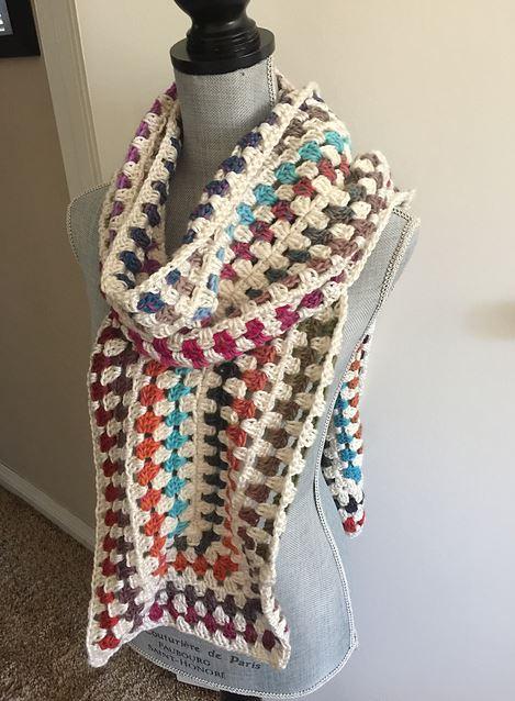 Dora's UnSquared Granny Scarf, crochet