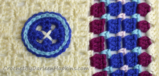 Crochet pattern for a baby blanket Cute as a Button